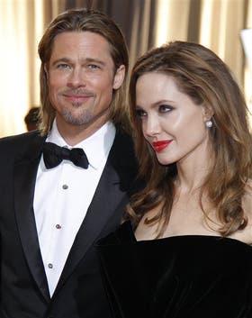 Brad Pitt siempre estuvo al lado de la actriz norteamericana en sus tres operaciones