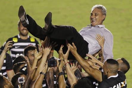 Liderado por Tite, Corinthians se coronó campeón del Brasileirao