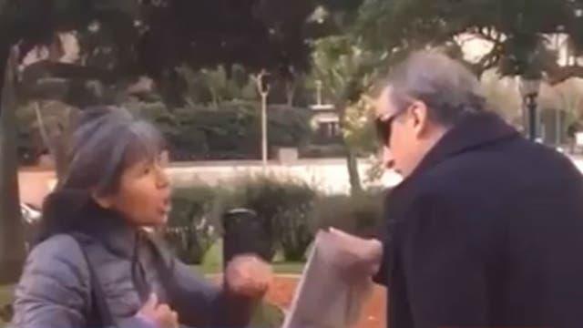 Mujer increpó a Guillermo Moreno: lo insultó y escrachó