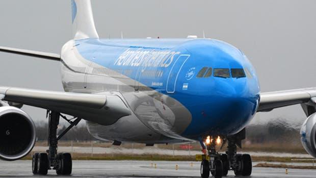 Aerolíneas Argentinas reducirá el número de vuelos a Barcelona