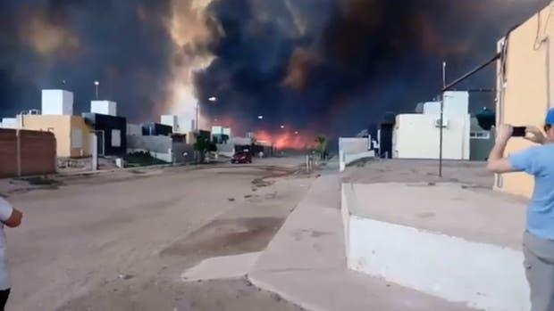 Incendio en San Luis: evacúan la localidad de La Punta