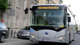 Un ómnibus fabricado por la compañía BYD, en Europa