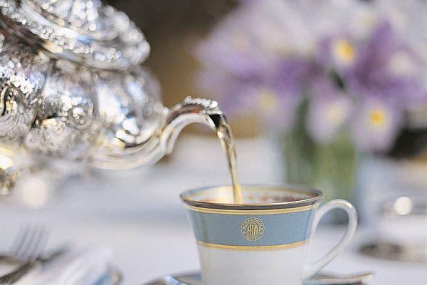 Una increíble variedad de tés seleccionados por Inés Bertón que incluye té de jazmín de Fujian, uno de ananá, pétalos de rosa y maracuya, y otro de frutos rojos de la Patagonia, entre otros. Foto: Gentileza Alvear Palace Hotel