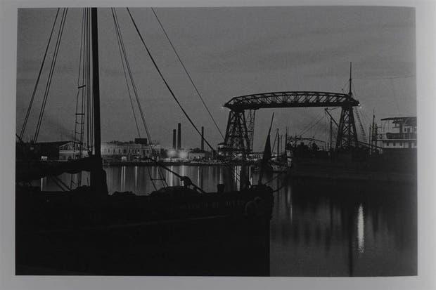 Riachuelo, Puente Almirante Brown (1931), foto de Horacio Coppola
