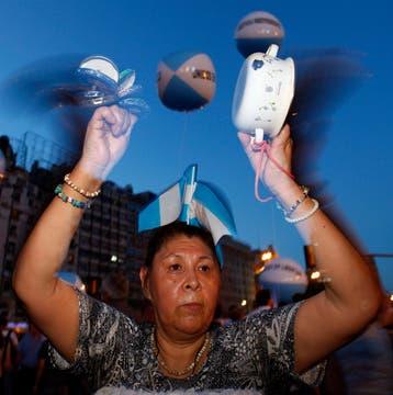 La ocurrencia y originalidad de los que participaron en la protesta del #8N. Foto: Reuters