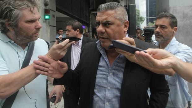 Tapia no quiere preguntas a la salida del Ministerio de Trabajo