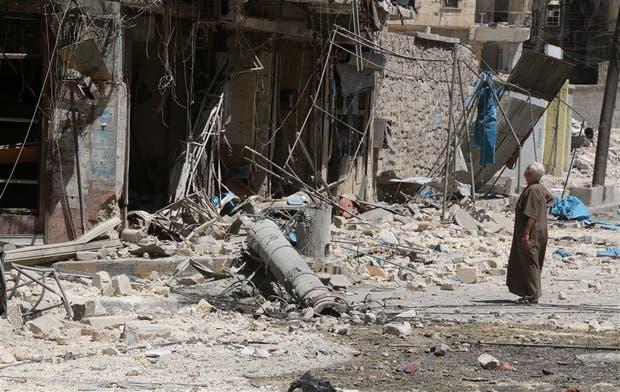 Los barrios de Aleppo, en ruinas por los bombardeos de los últimos días