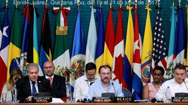 La Asamblea General de la OEA concluyó ayer en México sin que los críticos del gobierno de Maduro consiguieran aprobar una resolución sobre la crisis del país petrolero