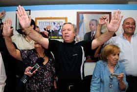 Peralta celebró su triunfo en las internas de Santa Cruz