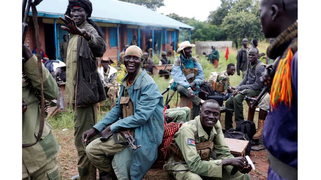 Rebeldes en Yondu, el día antes de un asalto a los soldados del Ejército de Liberación del Pueblo de Sudán (SPLA) en la ciudad de Kaya, en la frontera con Uganda, Sudán del Sur