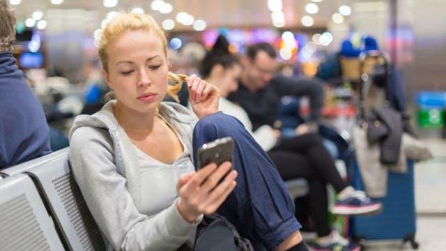 Si usas la wifi de un aeropuerto es mejor que te muevas lo menos posible para que la conexión sea más rápida