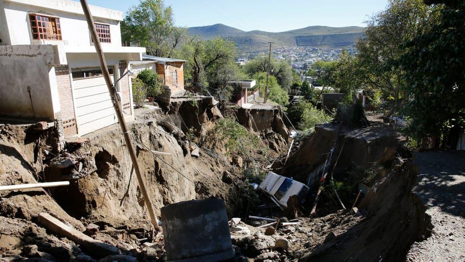 Comodoro Rivadavia: todavía sumidos en el desastre por el alud que azotó la ciudad. Foto: LA NACION / Ricardo Pristupluk /Enviado especial