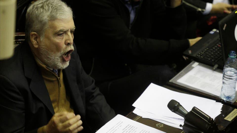 El diputado nacional Julio De Vido, durante su discurso. Foto: Hernán Zenteno