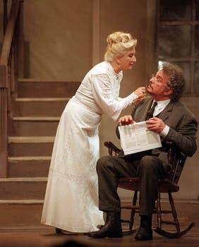 Los dos grandes actores argentinos, juntos, en una escena de Largo viaje de un día hacia la noche, en 1997.