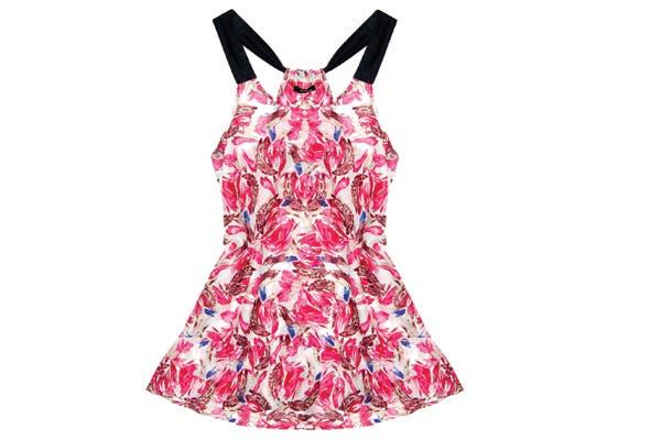 Vestido veraniego (Ayres, $498). Con estampado trendy.