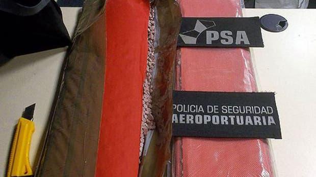 Procesaron a dos mulas que ingresaron a la Argentina 21,3 kilos de éxtasis en el mismo vuelo que Mauricio Macri