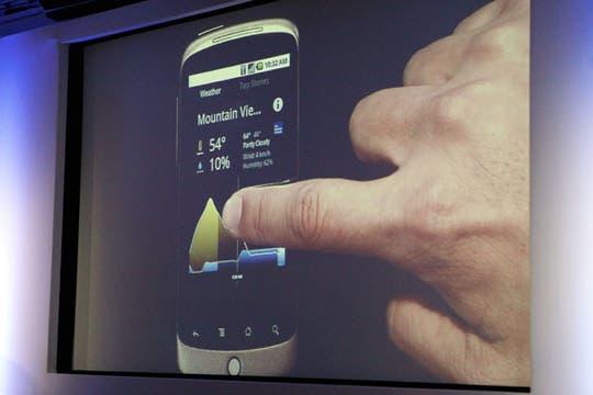 Imágenes de la presentación en Mountain View, California, del primer celular desarrollado por los ingenieros de la compañía. Foto: AFP
