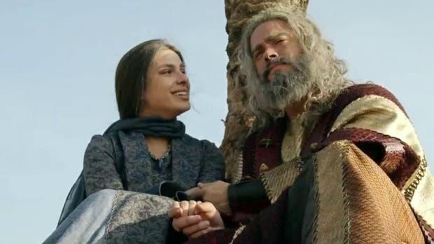 Josué junto a Aruna en una de las últimas escenas de la novela