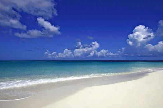 2. Grace Bay, Providenciales - Turcos y Caicos.