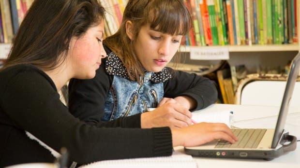 Resultado de imagen para ¿Cuánto conocen los jóvenes de tecnología?