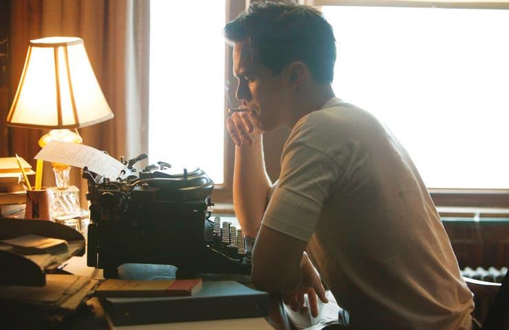 El actor Nicholas Hoult, en la piel de Salinger
