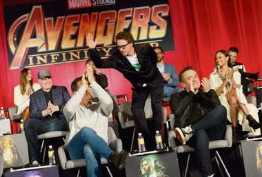Robert Downey Jr., anteayer, junto a los hermanos Russo
