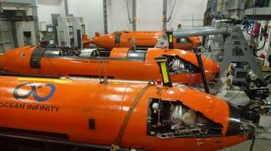 Los sumergibles AUV de la firma Ocean Infinity van a bordo del Seabed Constructor