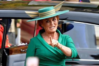 Sarah Ferguson, Duquesa de York, momentos antes de ingresar a la capilla
