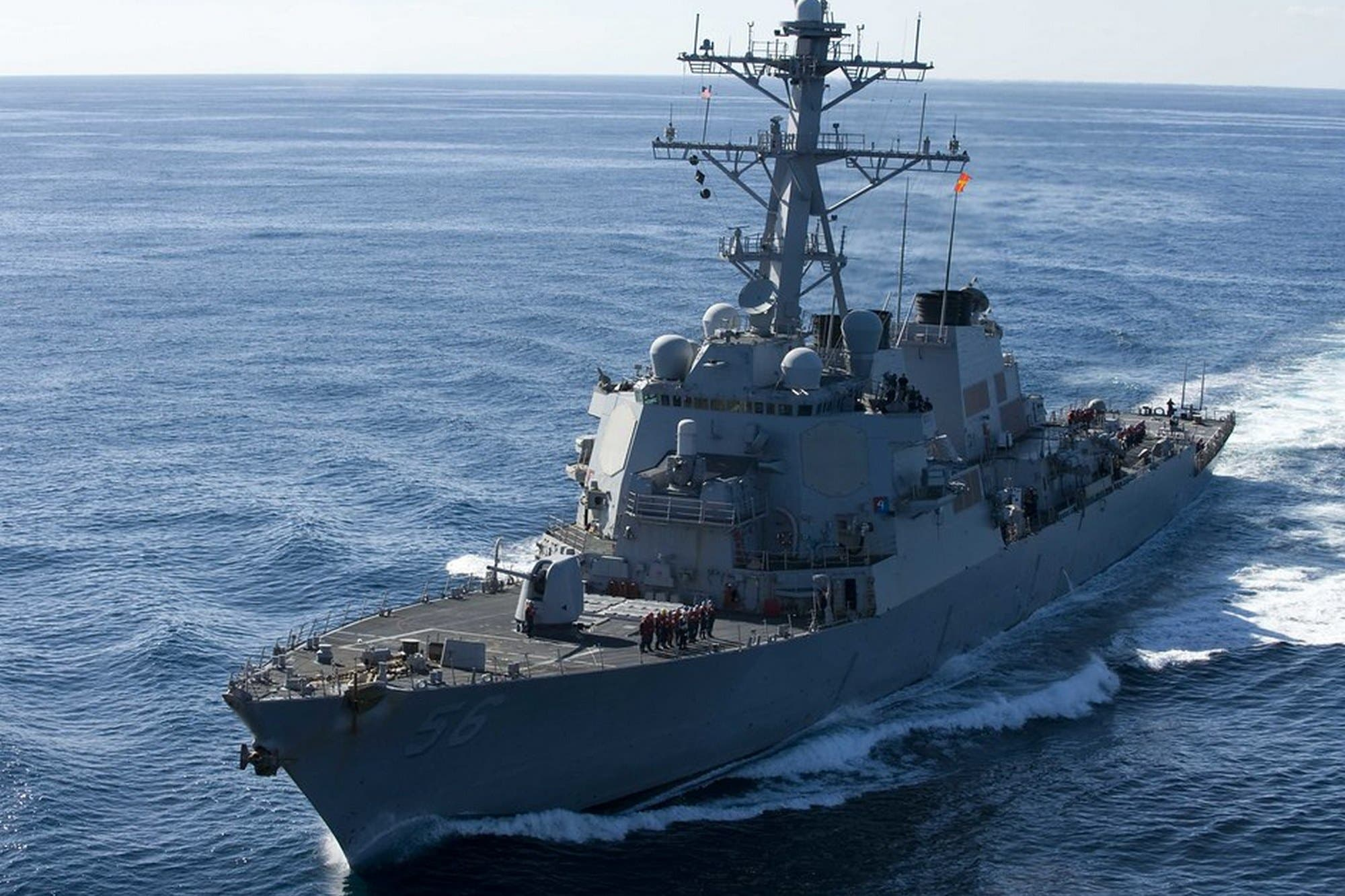 Adiós a la pantalla táctil: la Armada de los EE.UU. controlará sus buques de guerra con botones y perillas
