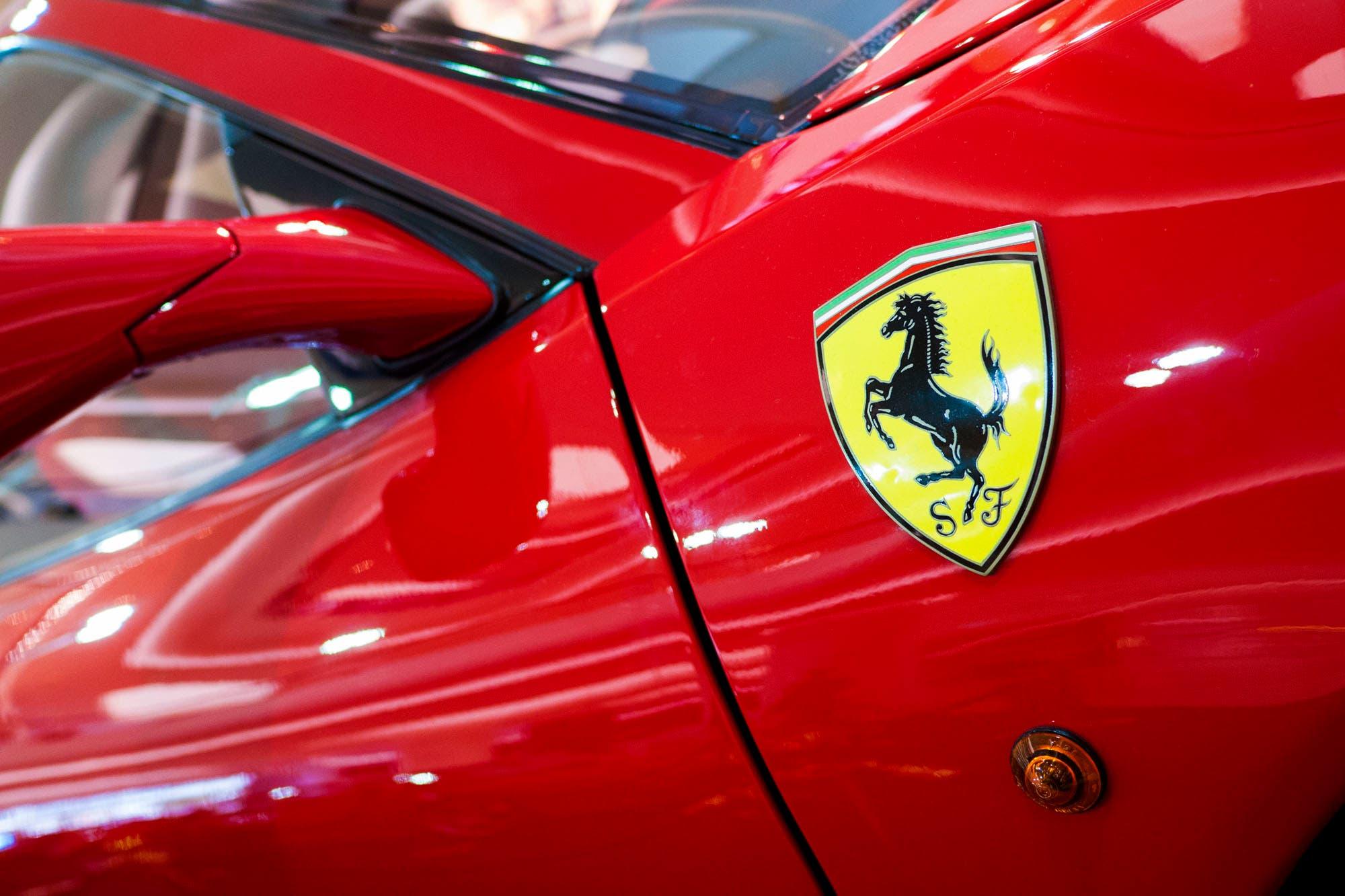 Lujo boliburgués: en plena debacle, Caracas tendrá su concesionaria Ferrari