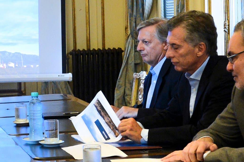 El plan de Aranguren le permitió a Macri ahorrar casi $80.000 millones