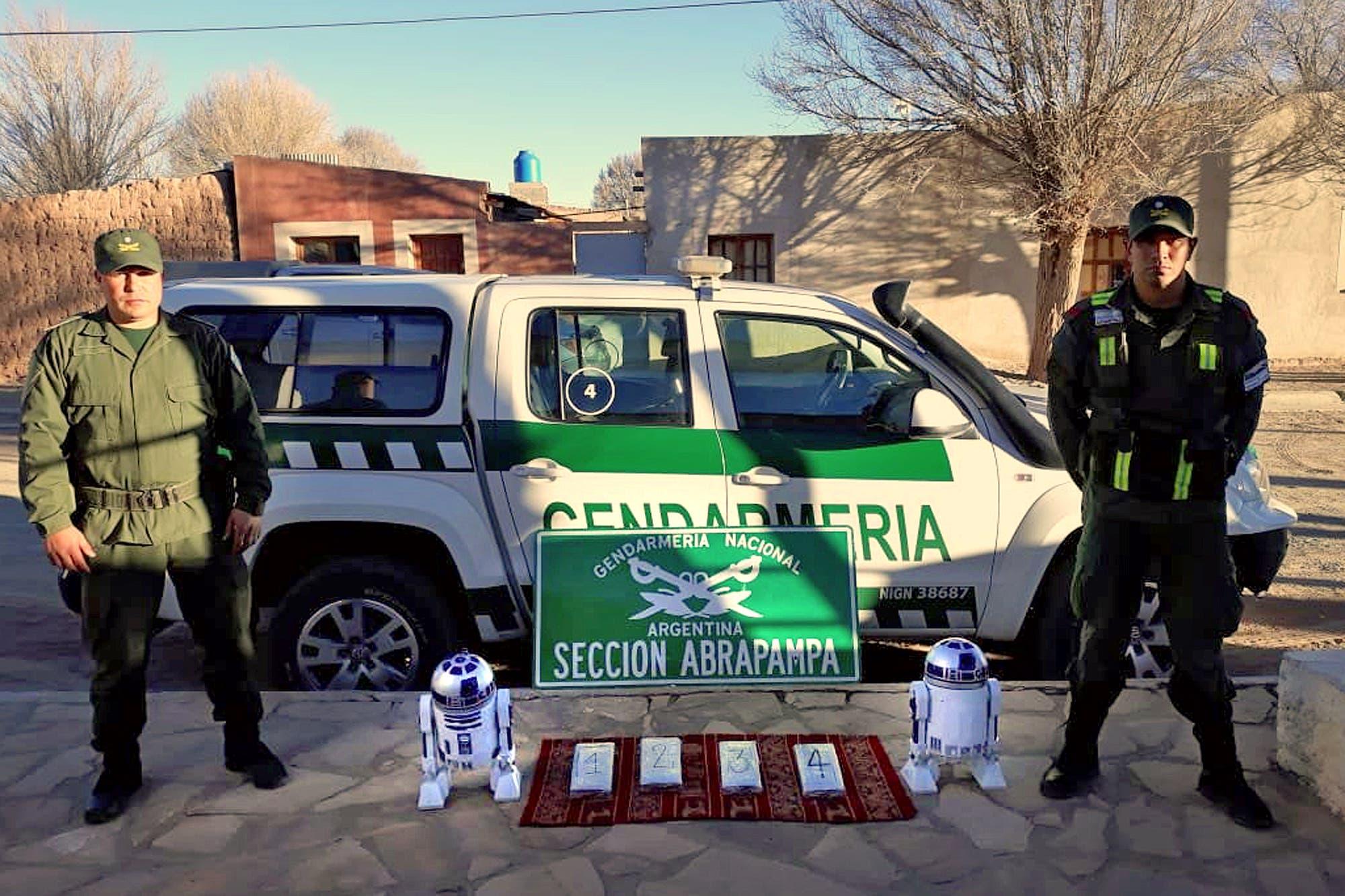 """""""Narcoguerra de las galaxias"""": cocaína dentro de un """"Arturito"""" en La Quiaca"""