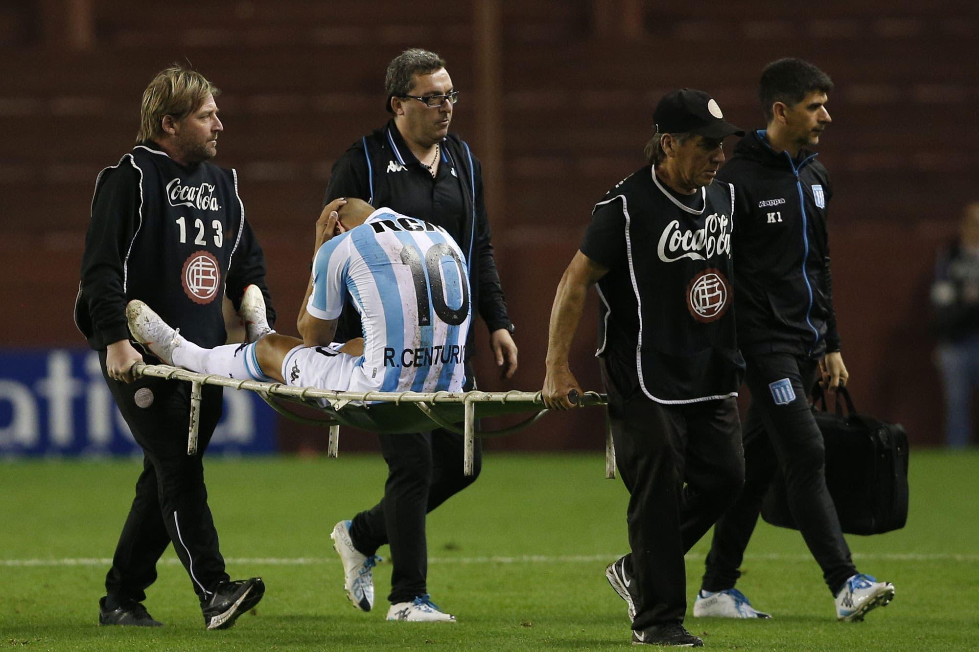 La mala racha persigue a Ricardo Centurión: solamente jugó seis minutos y se lesionó