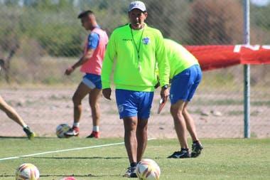Marcelo Gómez, el nuevo entrenador, que sigue la misma línea: joven y audaz