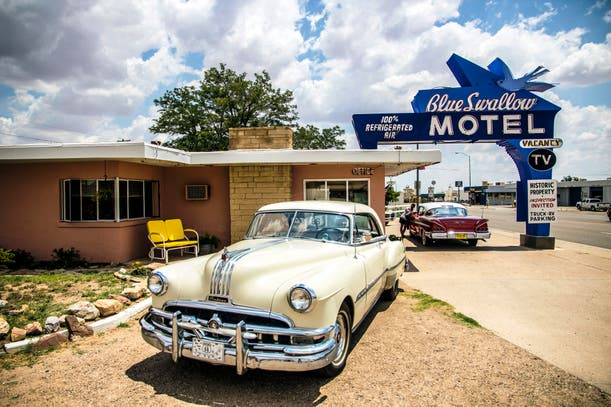 El Blue Swallow Motel.