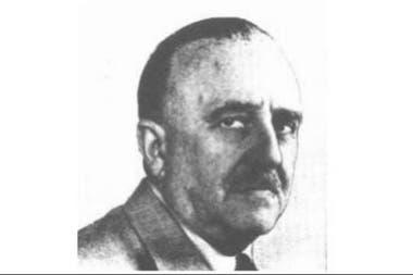 O diretor do jornal La Nación, Jorge A. Mitre, foi o primeiro presidente do Rotary Club de Buenos Aires, em 1919