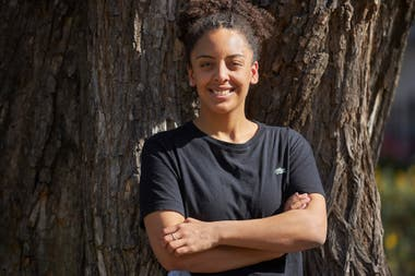Jennifer Parker, una activista afro con base fuerte en las redes