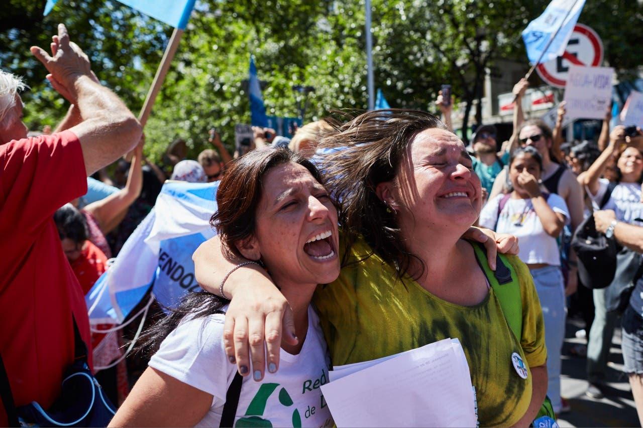 Mendoza: la Legislatura derogó la polémica ley minera y hubo festejos