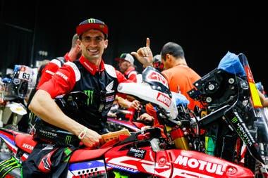 A los 30 años, Kevin Benavides, piloto salteño de Honda, se propone una alta posición final en Arabia.