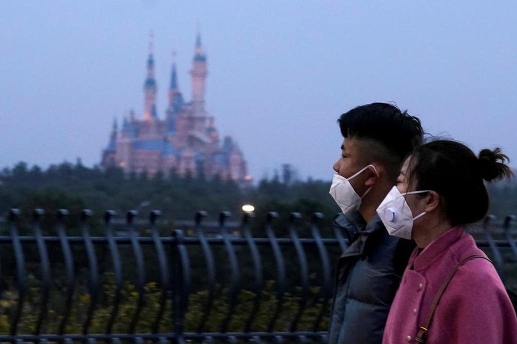 Coronavirus: largas colas y muchos chicos, ¿cómo reinventa Disney sus  parques? - LA NACION