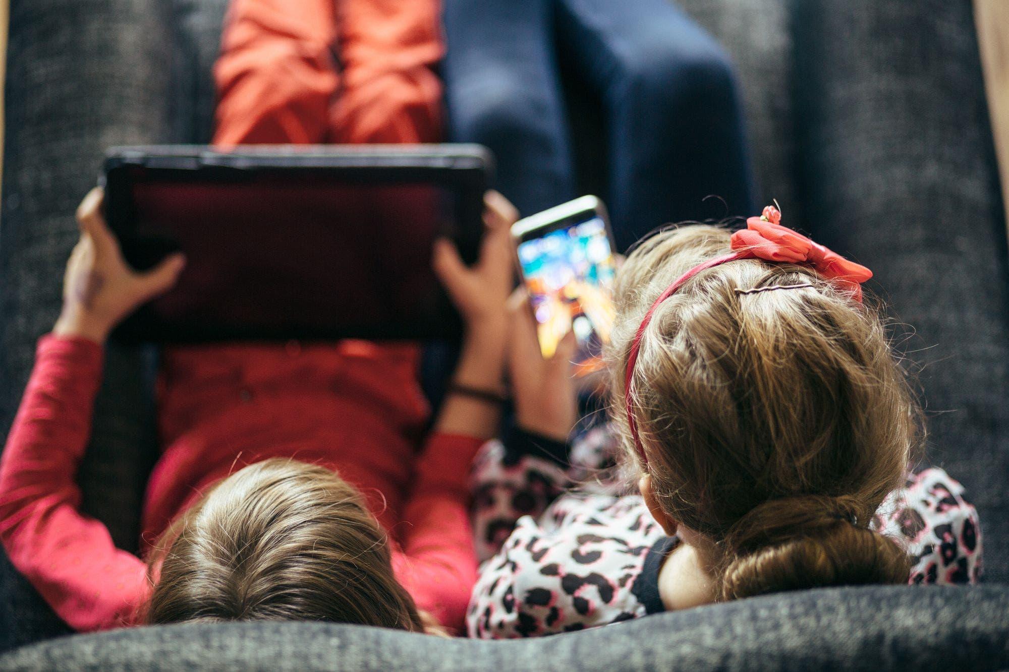 Tres herramientas multiplataforma para controlar qué hacen los chicos con el celular, la tableta, la PC o la consola