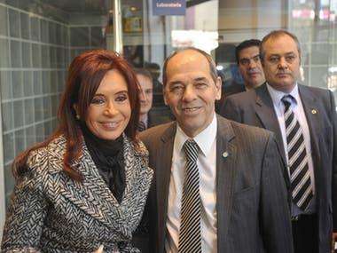 Cristina Kirchner y Pablo Fontdevila, durante un acto del plan Conectar Igualdad, en 2011