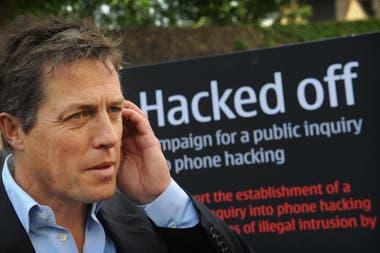 """En una campaña de la organización Hacked Off, de la que forma parte, cuyo fin es lograr una prensa """"libre y responsable"""""""