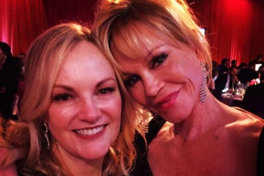 Melanie Griffith y Patty Hears, en la fiesta de Elton