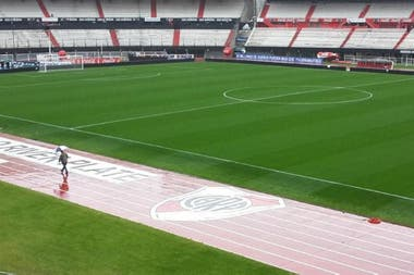 River vs. Estudiantes suspendido por lluvia