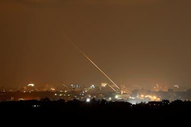 Tensión en la Franja de Gaza: ataques cruzados entre Israel y Hamas causan tres muertos