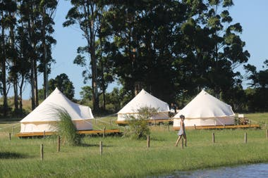 Hotel Folk Glamp Tents