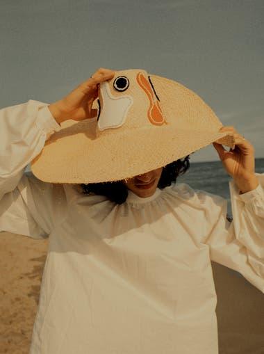 Pardo Hats recibió el Premio Mérito al Diseño de Complementos