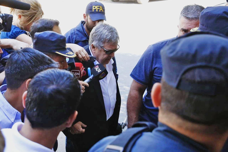 El jefe de los fiscales respaldó a Stornelli y cruzó al juez Ramos Padilla