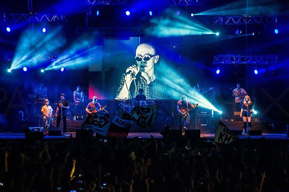 El Indio Solari cantó virtualmente junto a Los Fundamentalistas del Aire Acondicionado